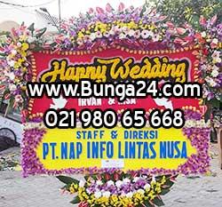 Karangan Bunga Pernikahan