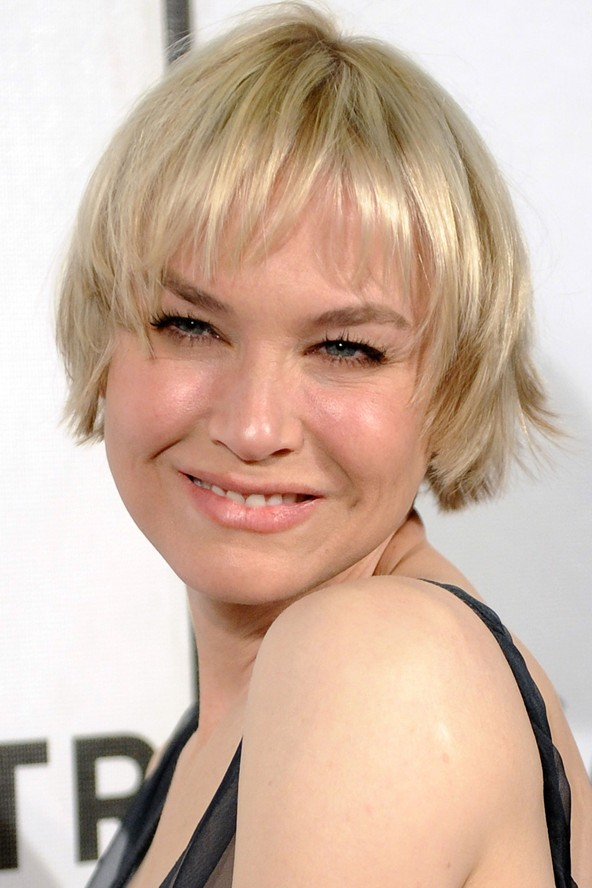 GRADUATED BOB HAIRSTYLES: SHORT FEMALE HAIRCUTS: GET MANY STYLES AND