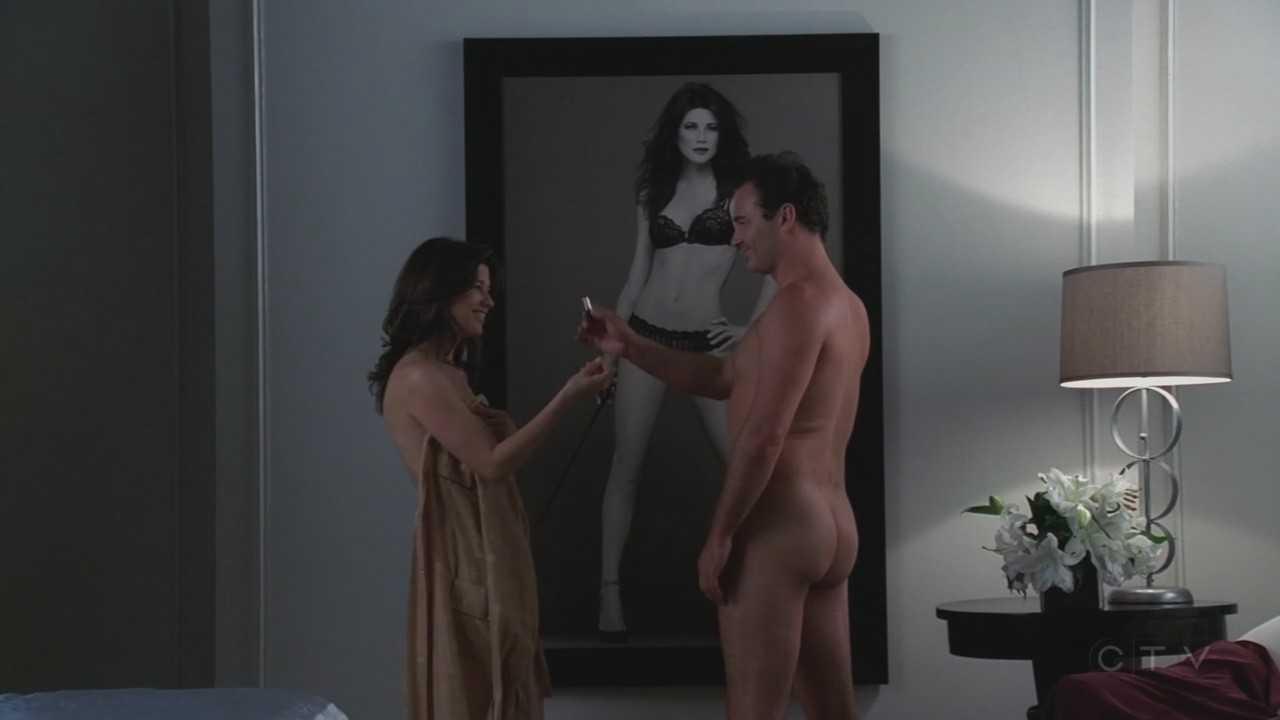Daphne Zuniga Hot Topless Movie Scene In Nip Tuck