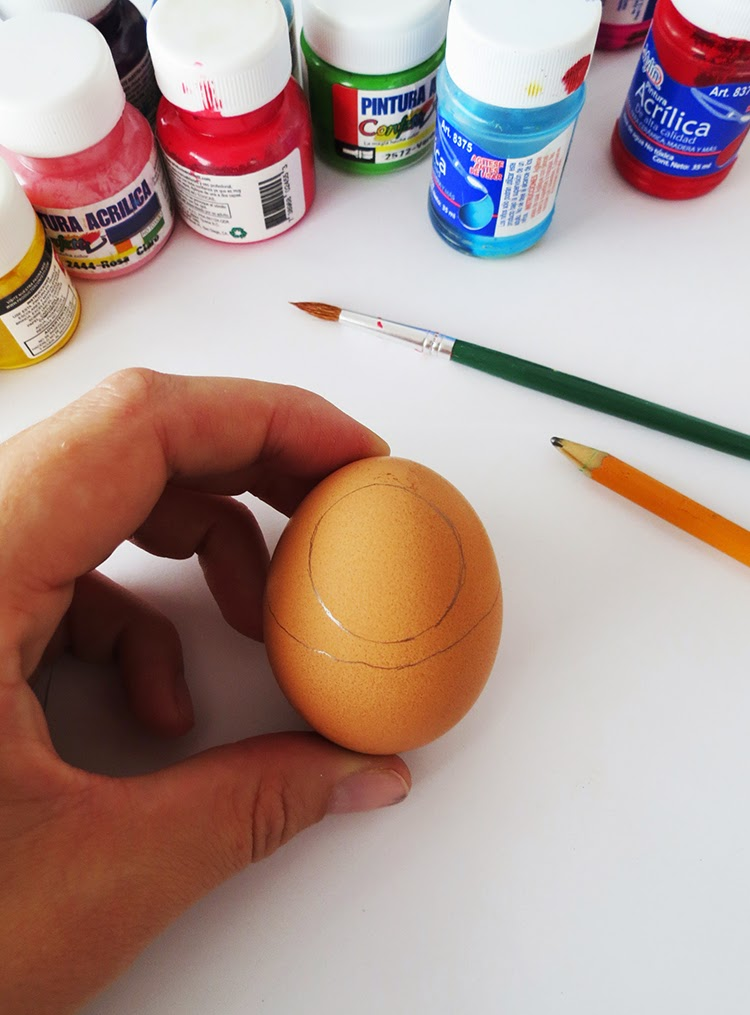 Babouchka easter eggs ohoh blog you will need hard boiled eggs a pencil acrylic paints and a paintbrush start by drawing a circle on the top part of the egg ccuart Gallery