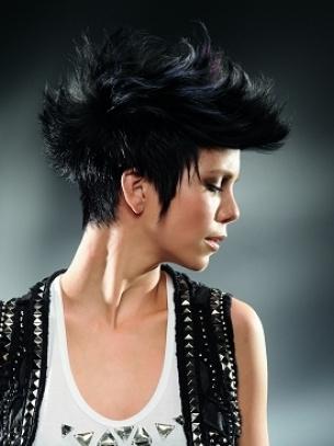 Women's-Short-Mohawk-Hair-Styles-10