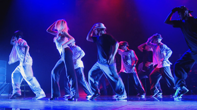 Michael Jackson's – This is it - Smooth Criminal rehearsals, dancers holding hats.