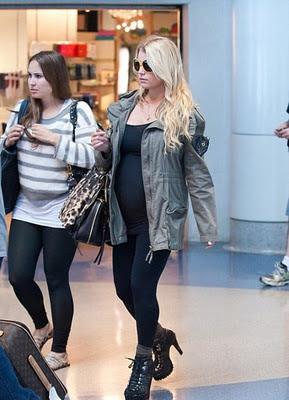 Jessica Simpson pregnancy