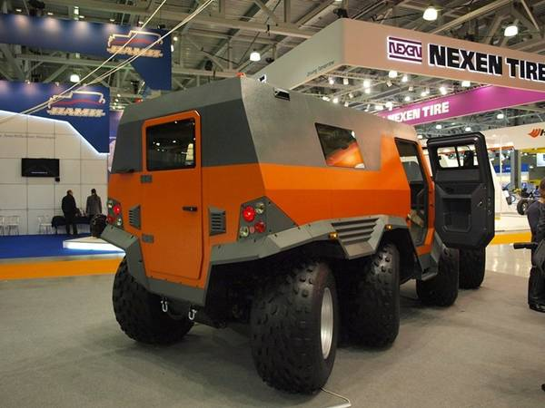 8 wheels Russian SUV