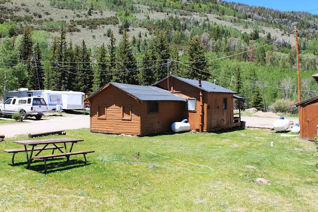 Rental cabins at fish lake utah rustic 8 person camping for Fish lake cabins