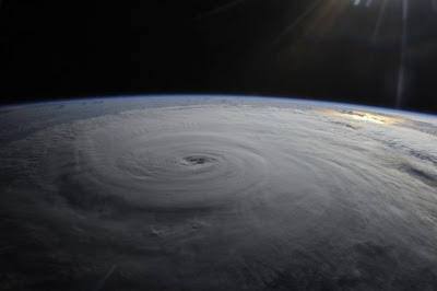 Hurricane Irene Space View Seen On www.coolpicturegallery.us