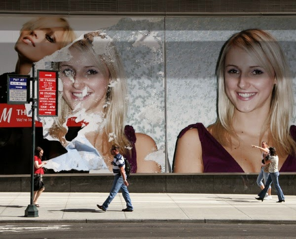 PhotoFunia Torn Billboard Photo effect Put your Picture on Billboards ...