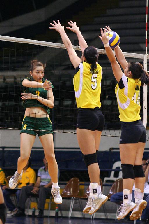 rachel daquis action in the court 3