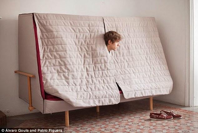 Bett und sofa einem orwell projekt goula figuera  Furniture | Design in Living Spaces