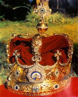 [menen+crown]