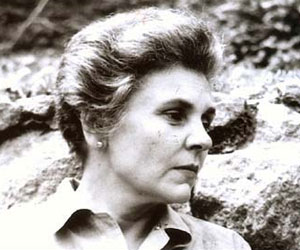 Elizabeth bishop poetry essay