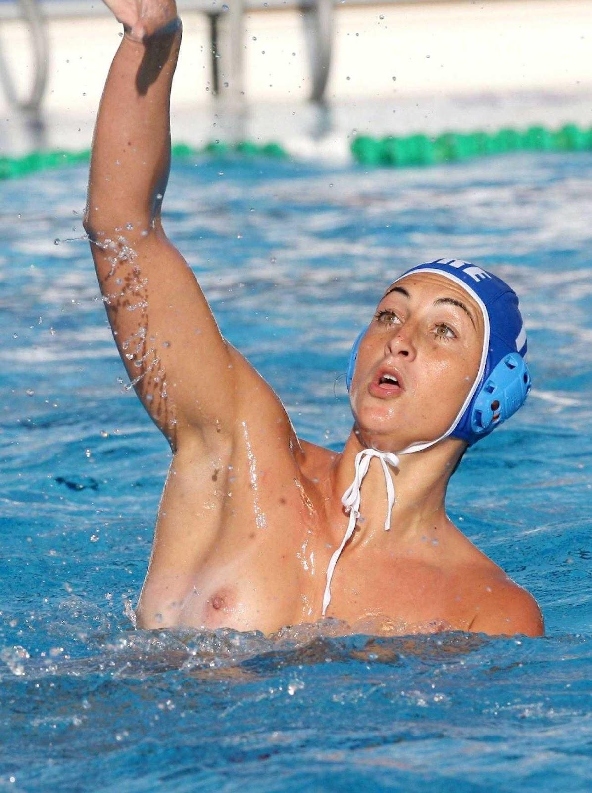 соревнования голых пловчих видео