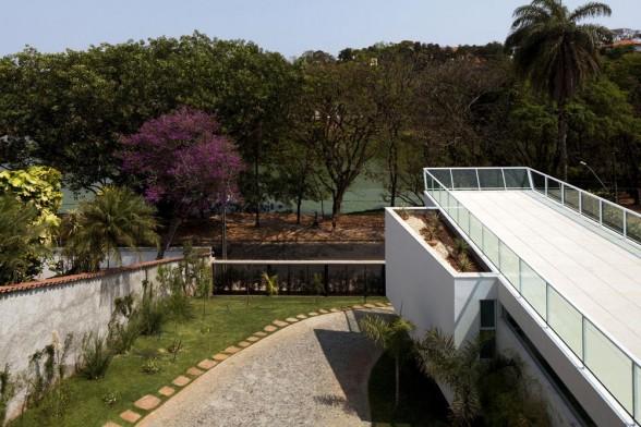 LA CASA FP EN BRASIL by lasfachadas.blogspot.com