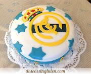 Para el montaje de la tarta, una vez que el bizcocho esté frío, dividimos en . (tarta real madrid )
