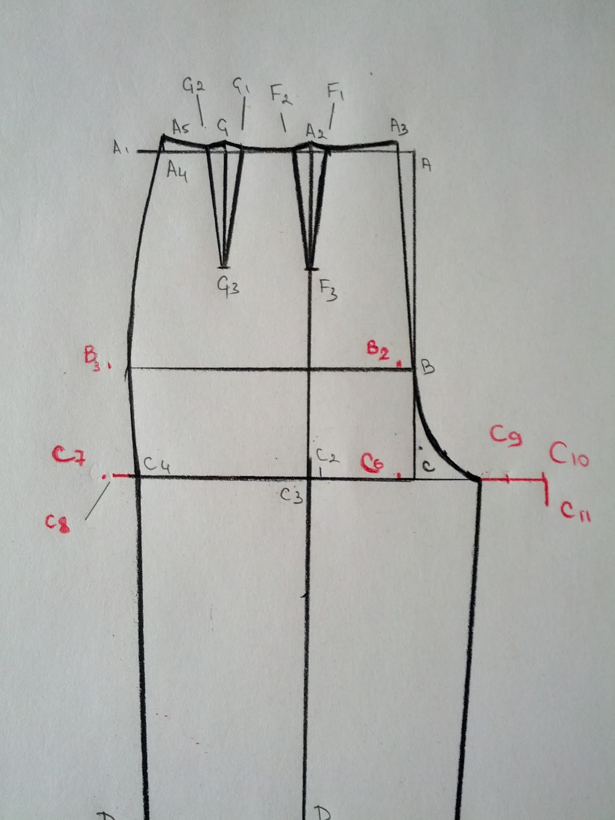 Drawing Lines Between : Basic pants pattern part back