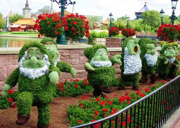 Mon jardin fleuri nains de jardin en verdure for Deco jardin fleuri