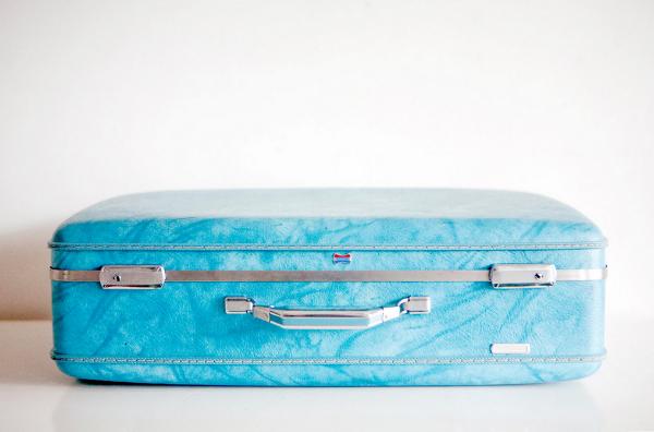 1950s American Tourister Suitcase #vintage #tourist #suitcase #decor #50s