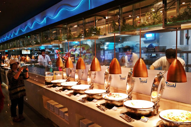 Assorted fried and grilled Korean and International cuisines | www.meheartseoul.blogspot.sg