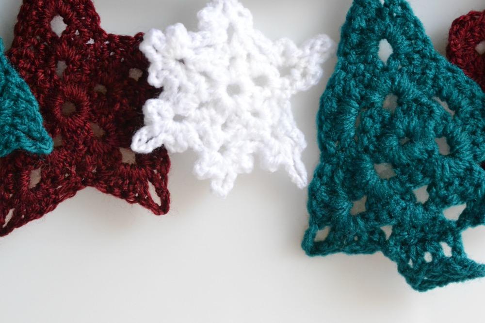 crochet bunting christmas tree snowflakes stars garland
