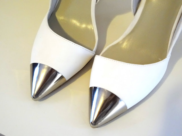 Nelly JADE Cap Toe Shoes white with silver cap toe.