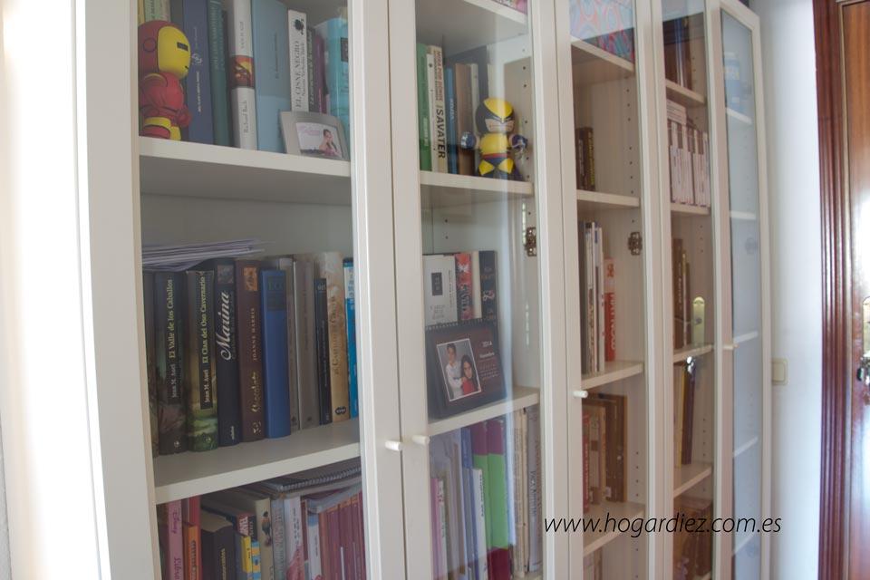 Hogar diez c mo ordenar libros en nuestro hogar - Estanterias de pared amazon ...