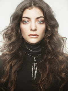 lirik lagu Lorde Royals Lyrics