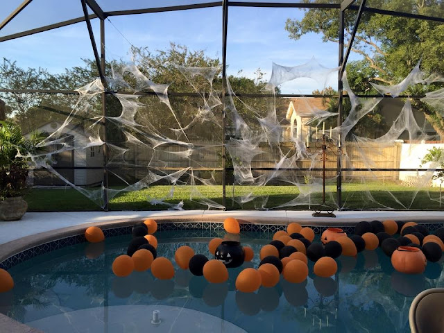 Ana Silk Flowers Halloween Horror Nights Party Decorations Ideas