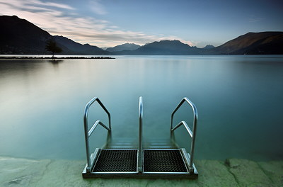 Photograph of Annecy lake from Albigny beach
