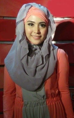 Tren Jilbab 2015 : Gaya Jilbab Simple dan Praktis
