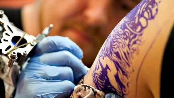 Desenvolvido creme para remover tatuagens sem dor ou cicatrizes