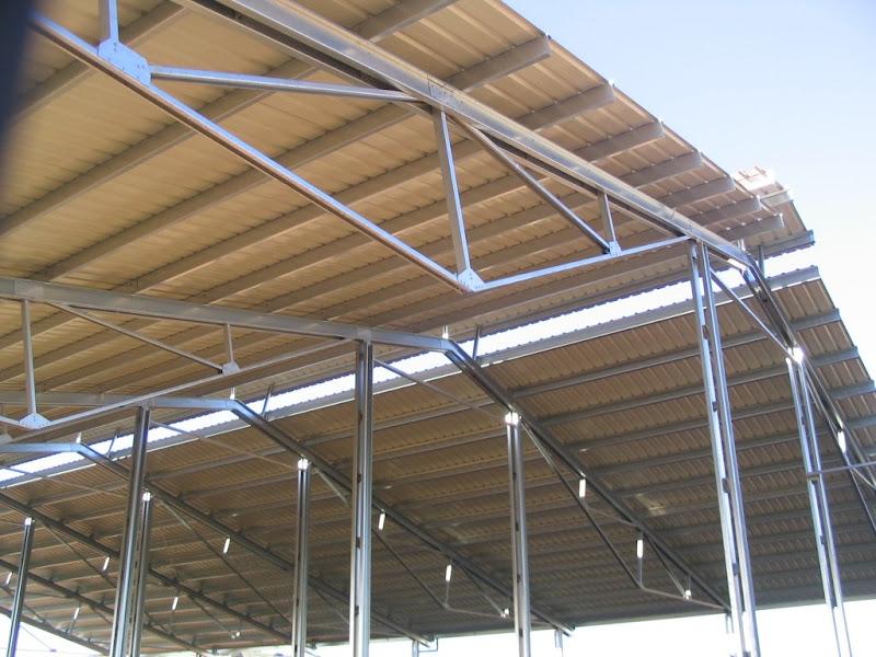 Las uniones de las estructuras galvanizadas van for Estructuras metalicas para tejados