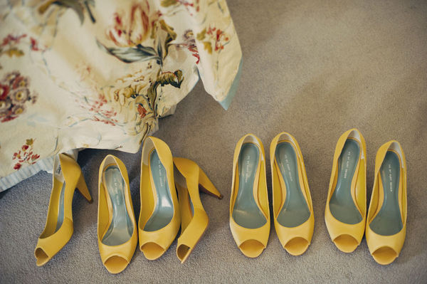 And if you can t do yellow dresses then why not some yellow shoes