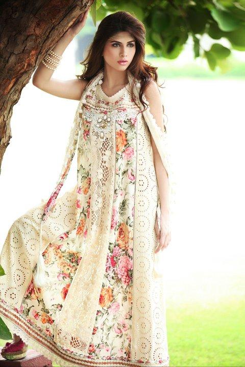 http://4.bp.blogspot.com/-x9g9kI7xVVI/Tlc_NrxpVnI/AAAAAAAAElk/6VrDv7XkGZM/s1600/Farida+Hasan+Dresses.jpg