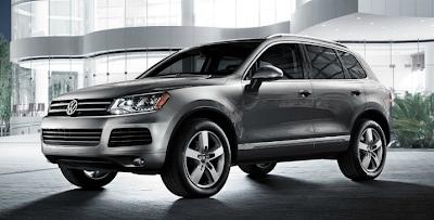 2014 Volkswagen Touareg grey