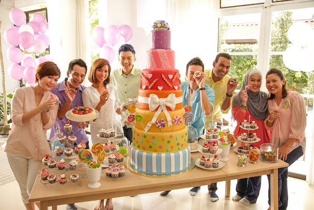 Happy 15th Birthday to ntv7!! I love their rainbow layers birthday cake!