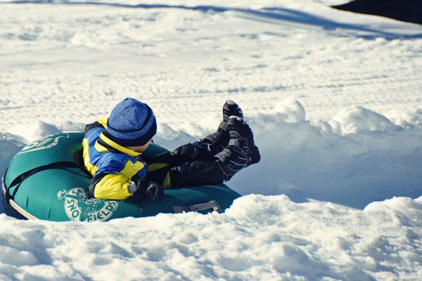 Mount Selwyn snow tube ride