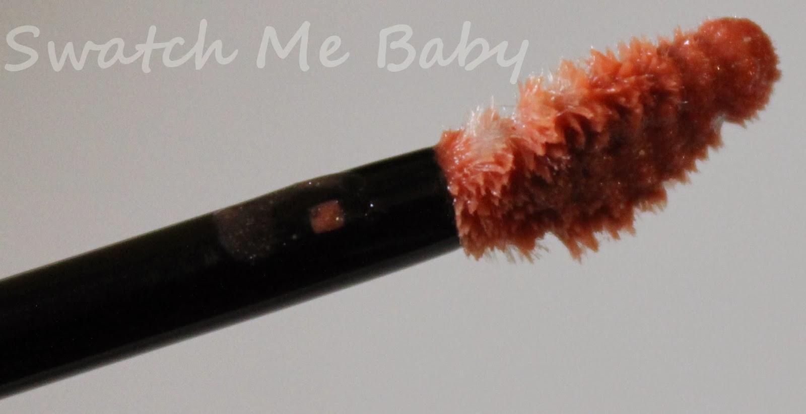 Maybelline Color Elixir in Glistening Amber Wand Close-Up
