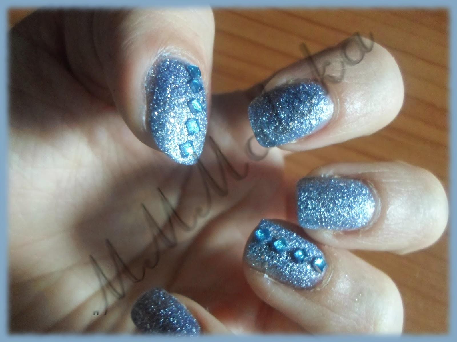 błękitek i kwadratowe cyrkonie ;-)