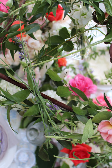 Midsummer Party - A Fragrant & Tasty Soirée - Floral Arrangement - Aimee Ferre