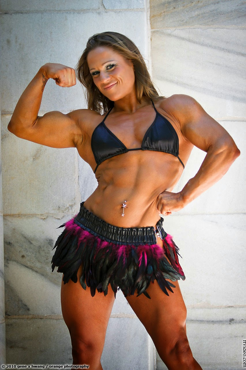 Nora Girones - Female Bodybuilder