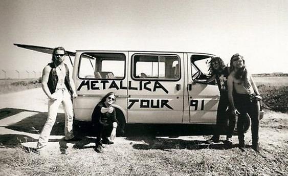 Kenderaan yang digunakan selebriti Rock dunia untuk Konsert Jelajah mereka