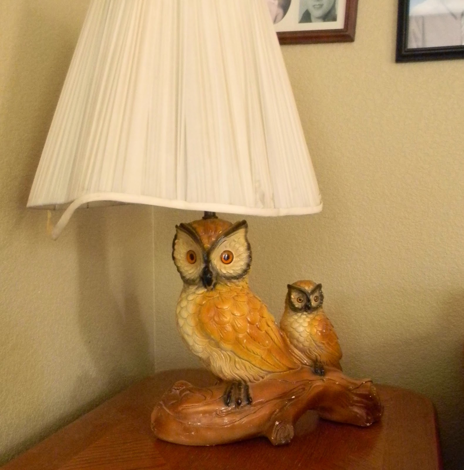Vintage owl lamps - A Couple Of Years Ago I Found This Awesome Ceramic Owl Lamp At A Yard Sale I Was So Stoked About It That I Put It In My Living Room And Took