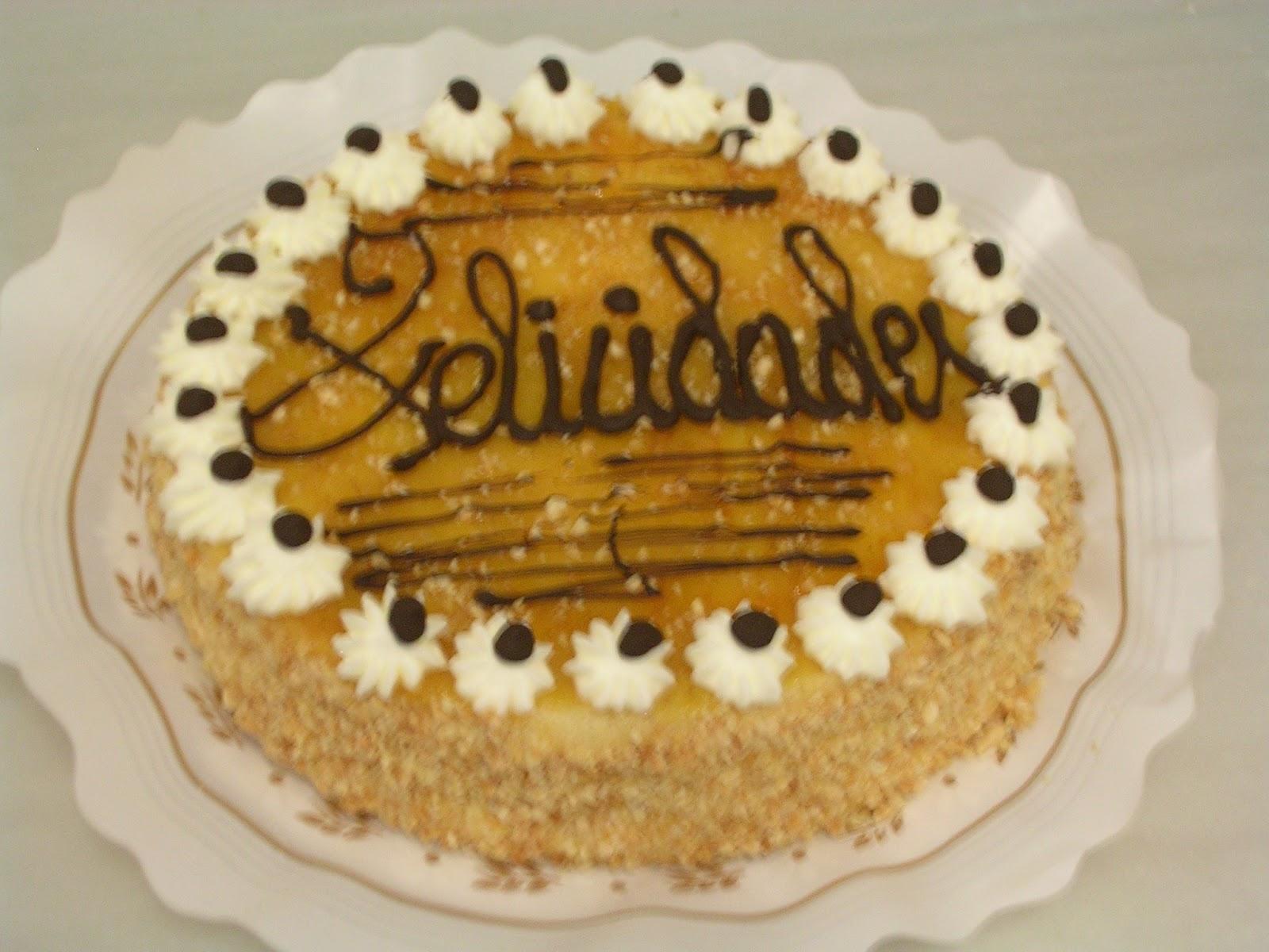 #CUMPLEAÑOS FELIZ#CUMPLEAÑOS FELIZ# TE DESEAMOS A TI# - Página 6 Tarta+cumplea%C3%B1os-panaderia+Buera