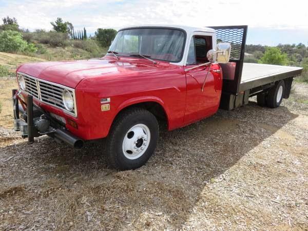 1973 International 1310 Flatbed Old Truck