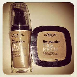 L'Oreal Paris True Match face powder in W3.