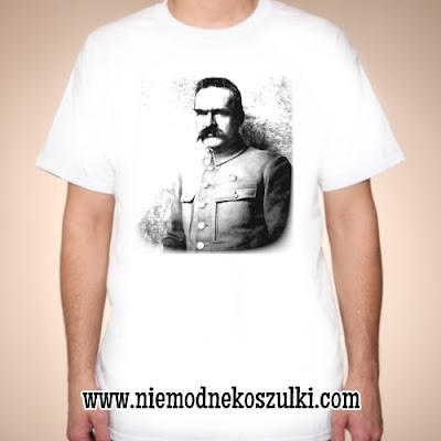 Koszulka z Piłsudskim