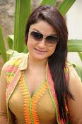Sonia Agarwal latest glam pics-thumbnail-28