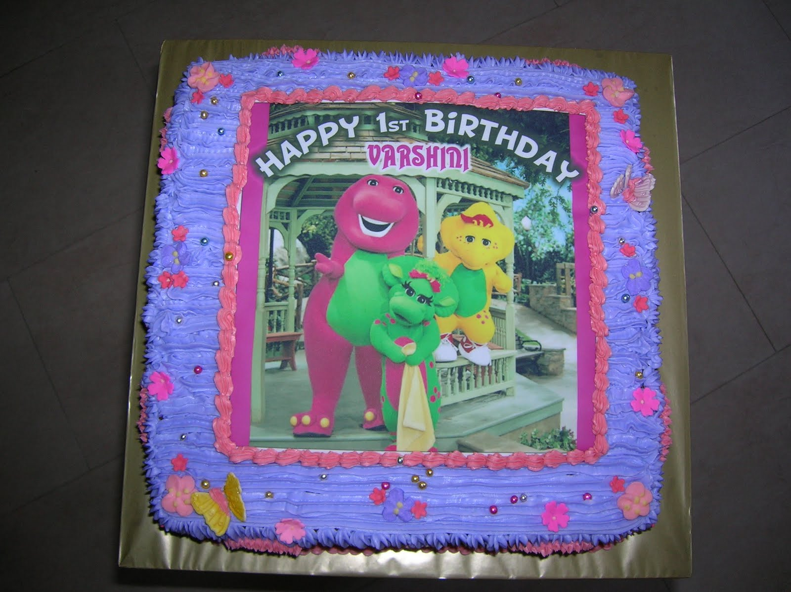 Cakes Cakes N more Barney and friends