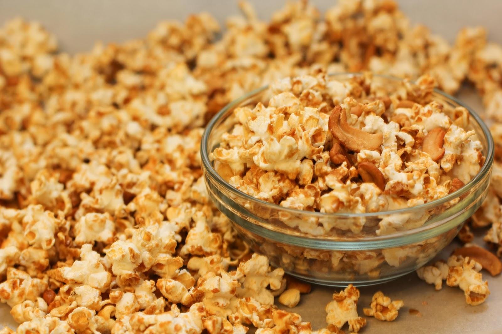 how to cook caramel popcorn