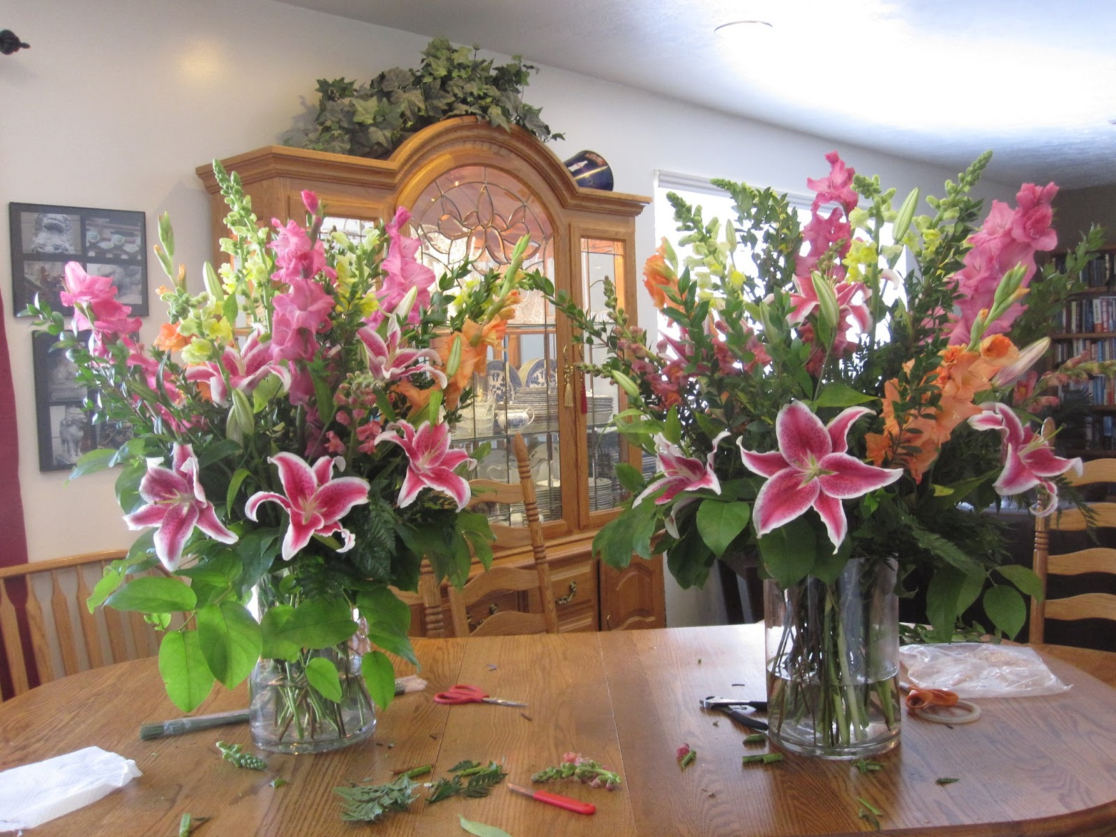 Simply Beautiful How To Make A Big Flower Arrangement In